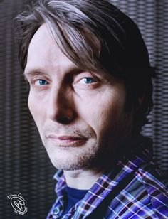 Mads with blue eyes - feels so wrong . . .