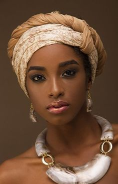 AFRICAN WOMEN FASHION