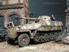 "missing-lynx.com - Gallery - Chen Ping's ""Enemy tanks"" diorama"