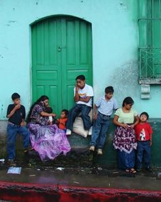 what is it like to live in guatemala