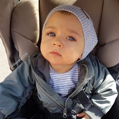 Find images and videos about cute, baby and kids on We Heart It - the app to get lost in what you love. Cute Baby Boy, Cute Little Baby, Lil Baby, Baby Kind, Little Babies, Baby Love, Cute Kids, Cute Babies, Bebe Baby