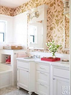 31 Mal Wallpaper Totally Nailed It - Bathroom wallpaper - Yorgo Blush Wallpaper, Bathroom Wallpaper, Print Wallpaper, Modern Bathroom, Small Bathroom, Bathroom Ideas, Bathroom Pink, Industrial Bathroom, Bathroom Layout
