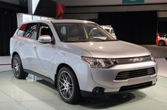 Эволюционный 2014 Mitsubishi Outlander