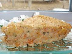 Salmon pie without crust Salmon Pie, Salmon Potato, Shellfish Recipes, Seafood Recipes, Salmon Recipes, Dinner Recipes, Crustless Pie Recipe, French Meat Pie, Easy Cooking