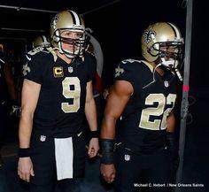 Drew Brees and Mark Ingram <3 Nfl Football Players, Saints Football, Football Helmets, Who Dat, New Orleans Saints, Sports, Fan, Hs Sports, Hand Fan