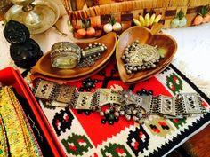 Ethnic Jewelry & Decor