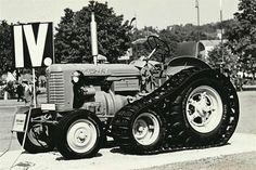 Zetor 25A polopás na veletrhu Old Cars, Cars And Motorcycles, Antique Cars, Chevrolet, Monster Trucks, Vehicles, Omega, Vineyard, Vintage