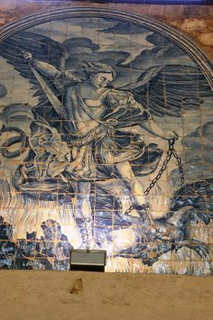 File:Azulejos de Saint Michael - Museu do convento do Carmo - Lisbon.JPG