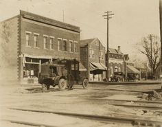 Lakeside Street | Photograph | Wisconsin Historical Society