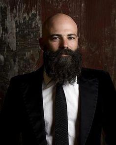 longhairandbeard:   Impressionantes! A minha barba não chega aos pés de nenhuma dessas. Ainda!!! Mas quando eu estiver fazendo concorrência para alguma delas, vou providenciar um amuleto contra mau-olhado… Vou… *** another great collection