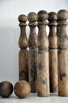 Swedish bowling pins and balls for cool decor or weapons if we have a break-in. Antique Toys, Vintage Antiques, Bowling Pins, Old Wood, Vintage Love, Vintage Home Decor, Decoration, Wood Art, Old Things