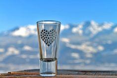 Verrine, tasse à expresso ou verre à liqueur  Création : A.Passaquin Crédit Photos : JP.Noisillier/nuts.fr