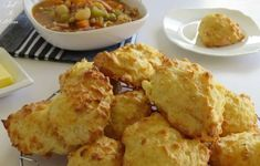 Easy Cheese Puffs with Soup Cheese Puffs, Easy Cheese, Cheese Biscuits, Vegan Recipes, Snack Recipes, Cooking Recipes, Bread Recipes, Scone Recipes, Bisquick Recipes