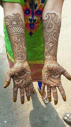 Usama😘😍 Dulhan Mehndi Designs, Mehndi Designs 2018, Mehndi Designs For Girls, Stylish Mehndi Designs, Mehndi Designs For Beginners, Mehndi Design Pictures, Beautiful Henna Designs, Henna Mehndi, Mehendi