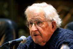 """UNA NOTICIA BOMBA Noam Chomsky alertó sobre la amenaza nuclear y una posible """"catástrofe"""" ambiental """"La modernización armamentística de Estados Unidos está socavando la estabilidad estratégica de la que dependemos para sobrevivir"""", dijo el filósofo.  # 17.07.2017 15:02"""