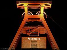 Zollverein Schacht XII bei Nacht