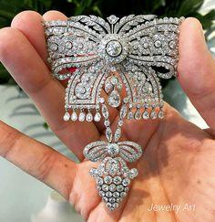Diamond bow brooch - intricate detail