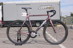 Cinelli Vigorelli with Custom Paint Fixed Gear Bicycle, Custom Paint, Triathlon, Track, Bicycles, Triathalon, Runway, Fixed Gear Bike, Truck