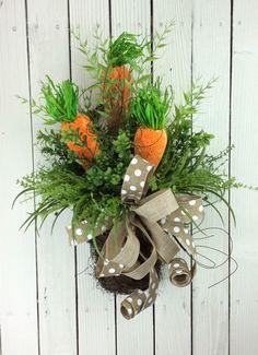 Easter Door Basket, Carrot Wreath, Easter Wreath, Easter Door Hanger, Carrots in Basket, Easter door Basket with carrots, Carrot door hanger by Keleas on Etsy https://www.etsy.com/listing/270046551/easter-door-basket-carrot-wreath-easter
