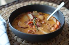 Rustic Tomato & Vegetable Soup