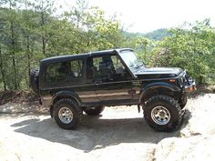 LWB Suzuki samurai I would love to have one of these!!