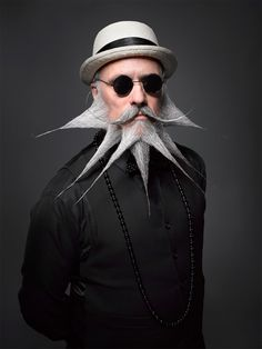 25 Crazy and Bizarre Beard and Moustache Styles ... beard-5 └▶ └▶ http://www.pouted.com/?p=37077