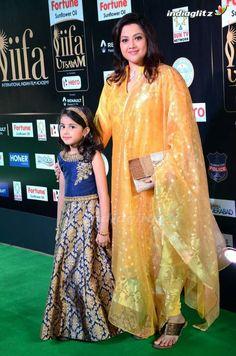 meena with her daughter nainika