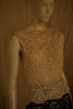 A este conjunto le tendría que llamar Maldita tendinitis . He descansado unos días de mis queridos ganchillos pero la pasión puede más que e... Crochet Motif, Crochet Top, Crochet Patterns, Summer Patterns, Crochet Dresses, Skirts, Caftans, Women, Fashion