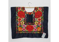1-items_605254_19394_20150428202554 Mexican Blouse, Mexican Outfit, Mexican Embroidery, Mexican Art, Floral Tops, Short Dresses, Mexico, Arts And Crafts, Textiles