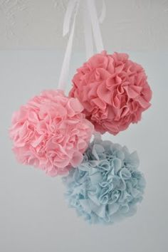 DIY fabric poms (tutorial included) (obviously for a girl)
