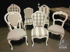 eetkamerstoelen landelijk - Google zoeken Reupholster Furniture, Furniture Upholstery, Paint Furniture, Upholstered Chairs, Furniture Makeover, Refurbished Furniture, Upcycled Furniture, Hamptons Style Decor, Rocking Chair Makeover