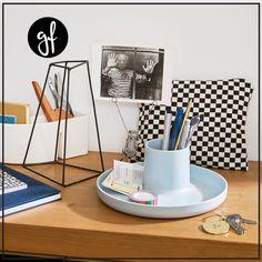 Un plateau rangement design, Vitra Blog, Design, Exterior Decoration, Gifts, Ideas, Couple, Amazing, Blogging