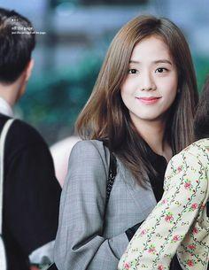 Yg Groups, Kpop Girl Groups, Korean Girl Groups, Kpop Girls, Blackpink Members, Jennie Lisa, Blackpink Jisoo, Airport Style, South Korean Girls