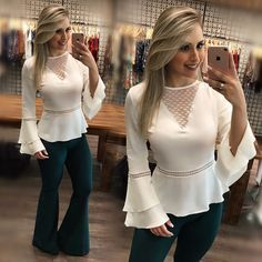 Hey Sweetie Visit our Website and enjoy with our Beauty Quizzes ! Blouse Styles, Blouse Designs, Kurti Sleeves Design, Sewing Blouses, Mode Chic, Short Tops, Lace Tops, I Dress, Dress Patterns
