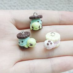 """""""Made some more turtles based on @inki_drop design. One of them is heading her way as we speak! And I made a neopolitan ice cream sandwich turtle on the…"""""""
