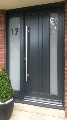 Wonderful Contemporary timber door The post Contemporary timber door appeared first on Home Decor Designs Trends . - May 09 2019 at Modern Exterior Doors, House With Porch, House Entrance, Front Porch Decorating, House Doors, Wood Doors Interior, Metal Front Door, Front Porch Design