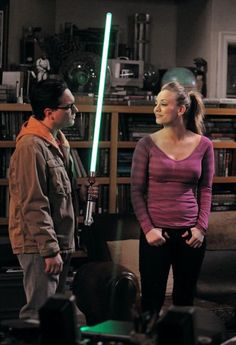 penny, tbbt, and the big bang theory image The Big Theory, Big Bang Theory Funny, The Big Bang Therory, Tbbt, Leonard And Penny, Leonard Hofstadter, Netflix, Johnny Galecki, Kaley Cuoco