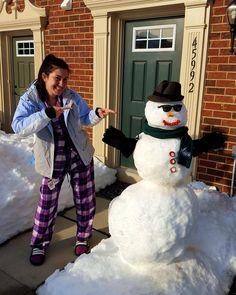 Harry and I  #blizzard2016 #jonas #snowzilla #snowman #havingfun #winter16 by tatihafner