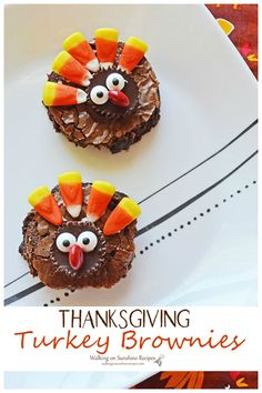 Thanksgiving Turkey Brownies are fun for school parties or as something special for your family for the Thanksgiving holiday. Thanksgiving Desserts, Thanksgiving Turkey, Fun Desserts, Dessert Recipes, Drink Recipes, Peanut Butter Cup Brownies, Big Meals, Easy Meals, Something Sweet