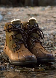 UGG Cecile Waterproof Boots, these are a NEED. More Check our selection  UGG articles in our shop!