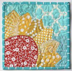 Sew Lux Fabric and Gifts Blog: sunshine free mug rug tutorial