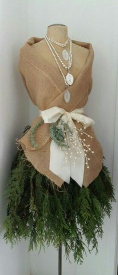dressform decorate for christmas | burlap and pearls dress form i decorated for marchelles salon