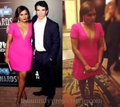 I think we can all agree that Mindy looked smoking hot in her pink custom Salvador Perez dress (with a nearly navel-baring neckline) while Chris Messina smouldered in Hugo Boss at the People Magazine awards yesterday evening. /// Also Neil Lane jewels, Giuseppe Zanotti pumps and Jimmy Choo clutch. But don't forget the Salvador Perez dress. Like that's possible.