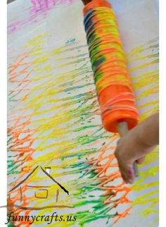 colorful_yarn_printing_process_art_with_toddlers