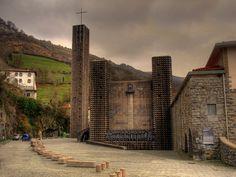 Francisco Javier Sáenz de Oiza - Santuario de Aranzazu / Sanctuary of Aranzazu (Oñati) by isiltasuna, via Flickr