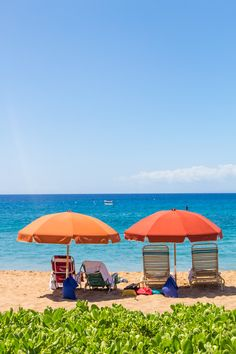 Places to visit in Hawaii. Kaanapali Beach in Maui is a lovely beach. See more tips inside. #Maui #Hawaii #travel