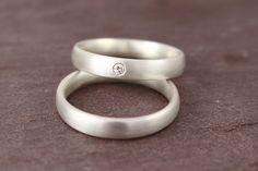 Eheringe - Eheringe Trauringe Silber mit Brillant schlicht - ein Designerstück von Ina-Stehle bei DaWanda