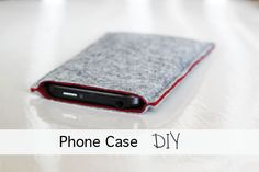 Trendy leren iPhone hoesjes - Tutorial on Making a Felt Phone Case - http://ledereniphonehoesjes.nl