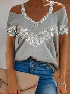 Vert Olive, Cold Shoulder Blouse, Shoulder Sleeve, Loose Shorts, Sequin Top, Types Of Collars, T Shirts For Women, Clothes For Women, Summer Tops