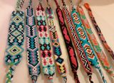 9 different patterns for friendship bracelets